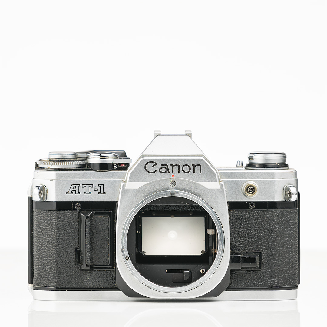 Canon AT-1 (1976)